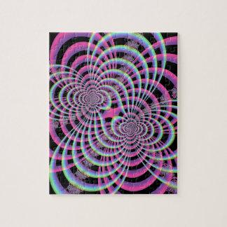Trellis dans le puzzle bleu et rose