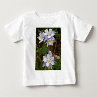 Triplets et nouvelle fleur t-shirt pour bébé