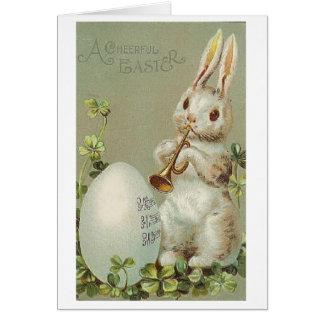 Trompette vintage jouant la carte de Pâques de