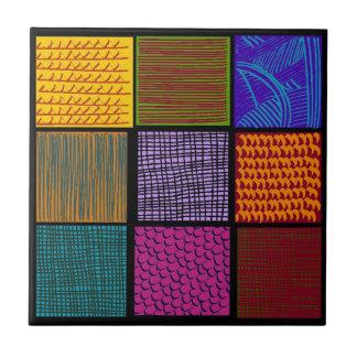 Tuile multicolore de carrés d'art populaire de petit carreau carré