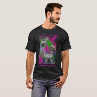 Type Broadway là T-shirt