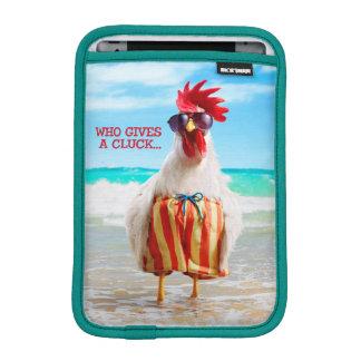 Type Chillin de coq à la plage dans des troncs de Housse iPad Mini