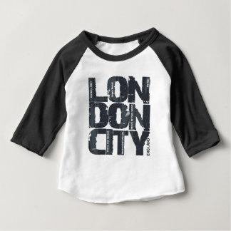 Typographie de Londres, Angleterre T-shirt Pour Bébé