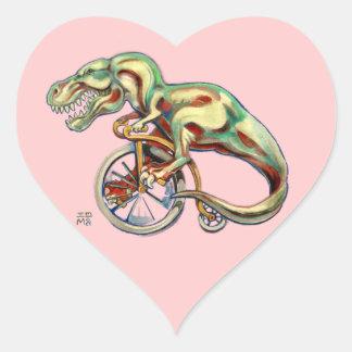 Tyrannosaurus sur une bicyclette de quart de penny sticker cœur