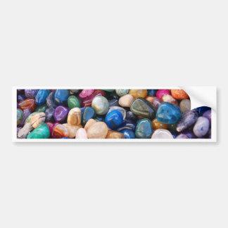 Un bon nombre de pierres gemmes colorées de roches autocollant de voiture