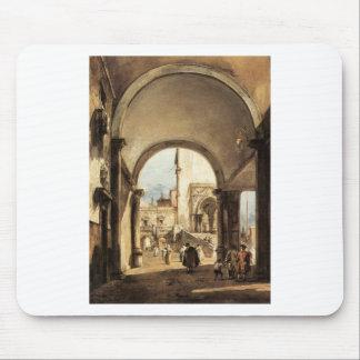 Un caprice architectural par Francesco Guardi Tapis De Souris