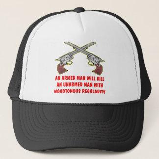 Un homme armé tuera un homme sans armes casquette