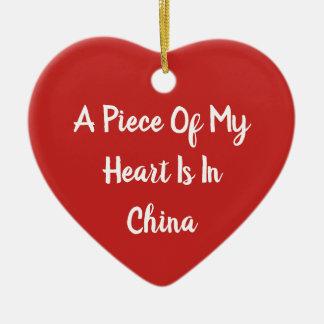 Un morceau de mon coeur est en ornement de rouge