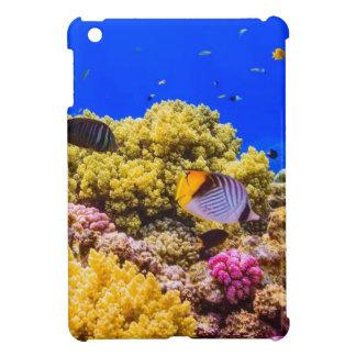 Un récif coralien en Mer Rouge près de l'Egypte Étui iPad Mini