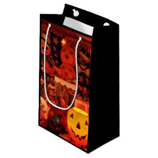 Un sac vintage de cadeau de Halloween