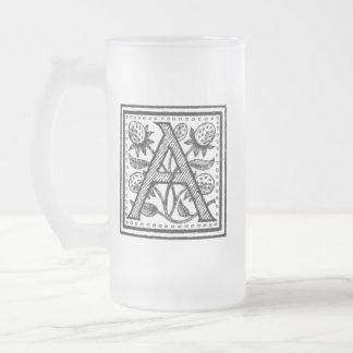 Une initiale d'un moine de fifre frosted glass beer mug