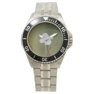 une montre de fleur