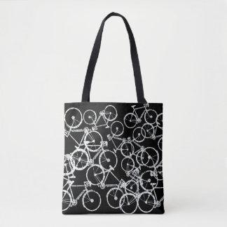 va à vélo le sac fourre-tout. vélos blancs sur le