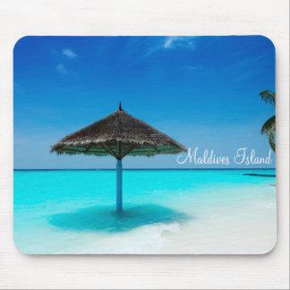 Vacances romantiques d'île des Maldives Tapis De Souris