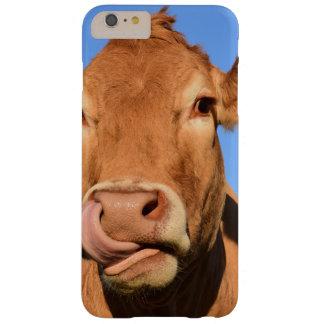 Vache du Jersey léchant son nez Coque Barely There iPhone 6 Plus