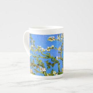 Van Gogh : Branches d'arbre se développantes Mug
