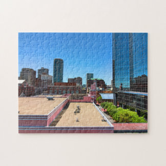 Vers le haut dessus d'un toit puzzle