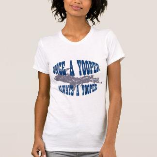 VERS LE HAUT du T-shirt de dames du Michigan