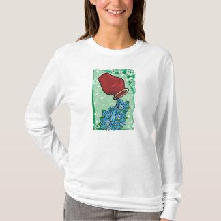 Verseau avec le T-shirt de fleurs