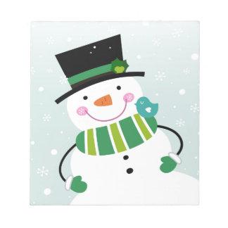 Vert blanc de petit bonhomme de neige mignon bloc-note