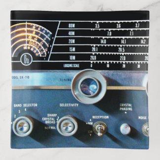 Vide-poche Récepteur radioélectrique d'ondes courtes vintages