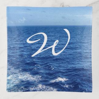 Vide-poche Voyez la mer décorée d'un monogramme