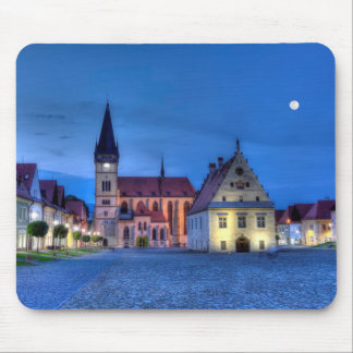 Vieille place dans Bardejov, Slovaquie, HDR Tapis De Souris