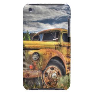 Vieux camion abandonné dans le domaine coques iPod touch