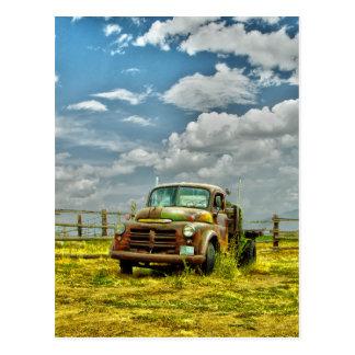 Vieux camion de ranch carte postale