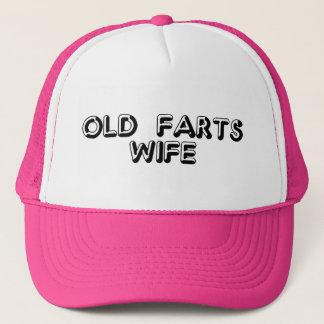 Vieux casquette d'épouse de pets