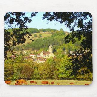 Village médiéval de tapis de souris de Plazac