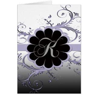 Violette de la lettre K de monogramme Carte