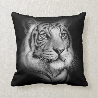 Visage blanc de tigre coussin