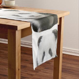 Visage de panda chemin de table court