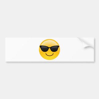 Visage de sourire avec des lunettes de soleil autocollant de voiture