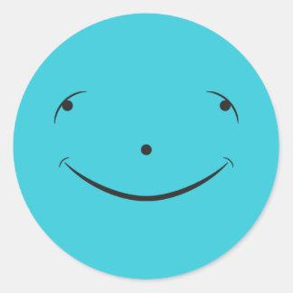 Visage heureux mignon sticker rond
