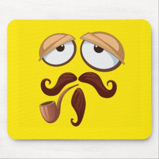 Visage souriant jaune de fantaisie avec le tuyau tapis de souris