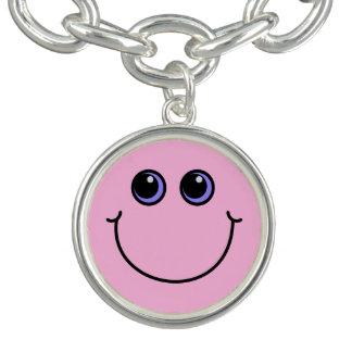 Visage souriant rose-clair bracelets