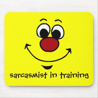 Visage souriant sarcastique Grumpey Tapis De Souris
