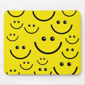 Visage souriant souriant ! tapis de souris