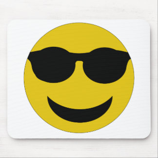 Visage souriant tapis de souris