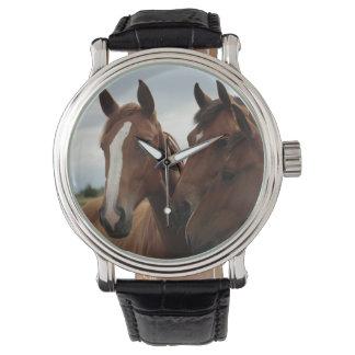 Visages de cheval sur la montre-bracelet en cuir montres bracelet