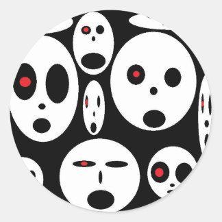 visages sticker rond