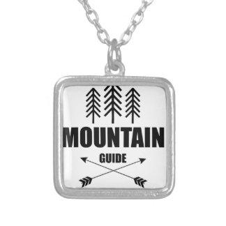 Visite et aventure, guide de montagne collier