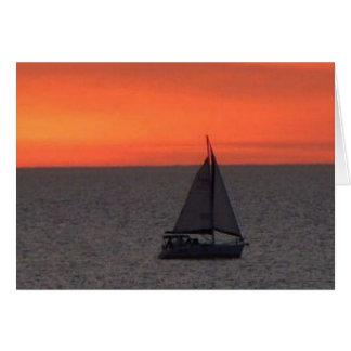 Voilier à la carte de note de scintillement de mer