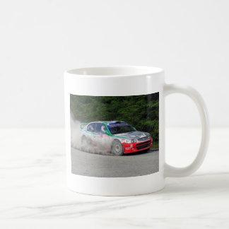 Voiture de rassemblement de l'accent WRC de Mug Blanc