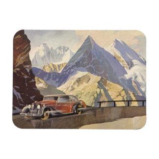Voiture vintage sur la route de montagne avec la magnets en vinyle