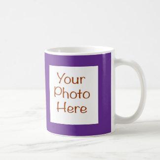 Votre photo sur la tasse pourpre