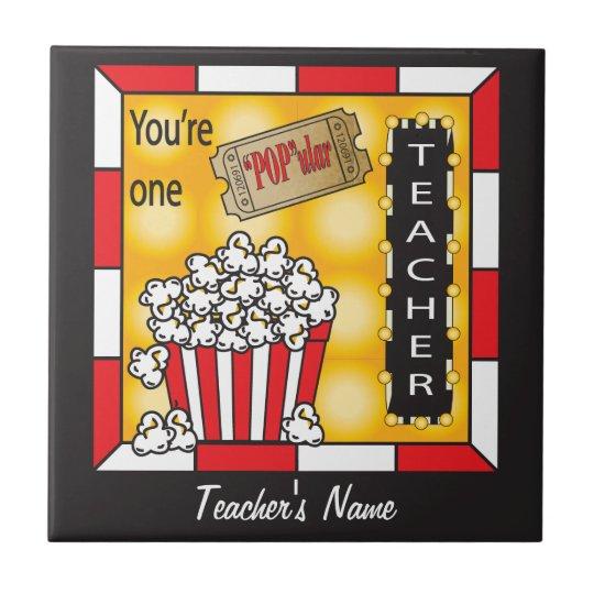 Vous êtes un professeur populaire petit carreau carré