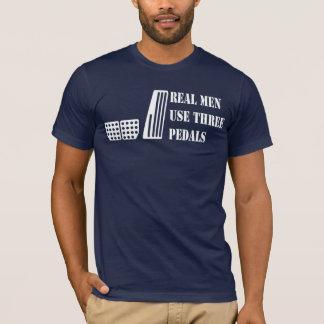 Vraies pédales de l'utilisation trois d'hommes t-shirt